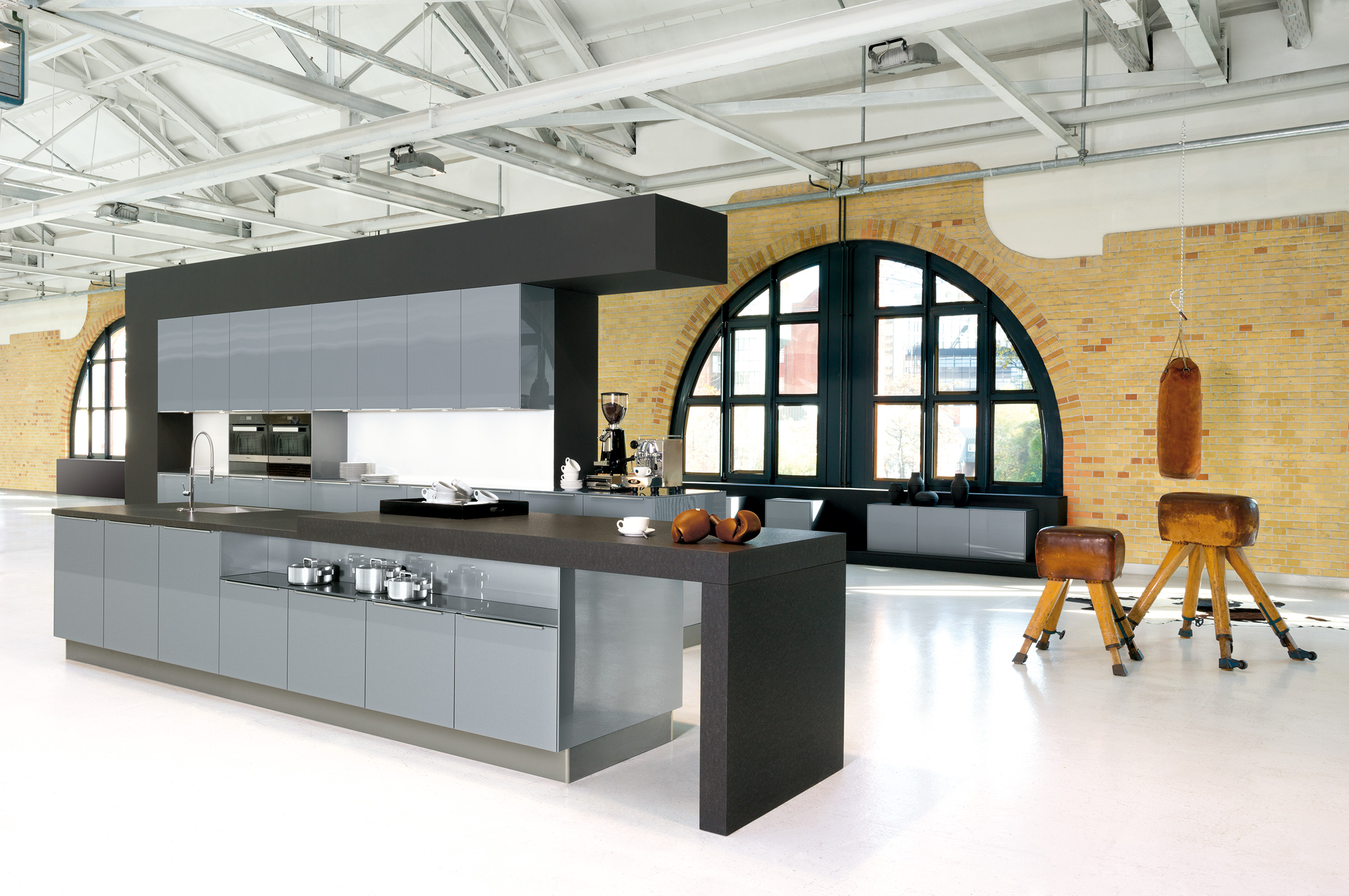 Karl Benz, Kitchen - Clean lines, practicality and functionality are the hallmarks of our excellent range of German kitchens, and the unique ability to choose from a great range of colours and styles makes these kitchens an excellent choice.